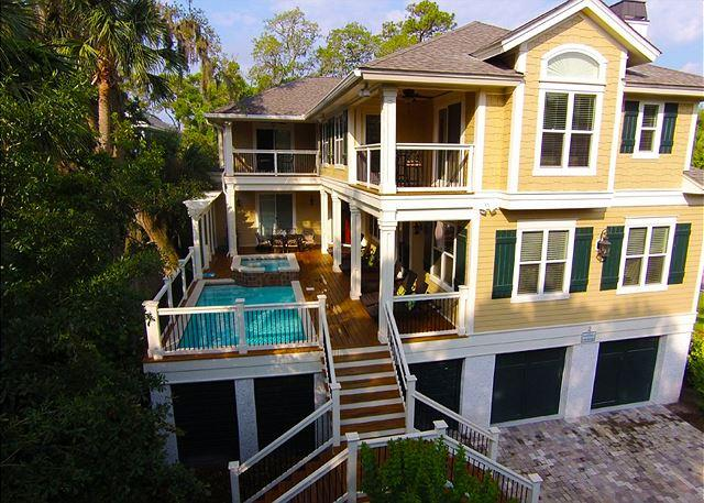 Exterior - 2 Quail- 5th row ocean. Beautiful home! - Hilton Head - rentals