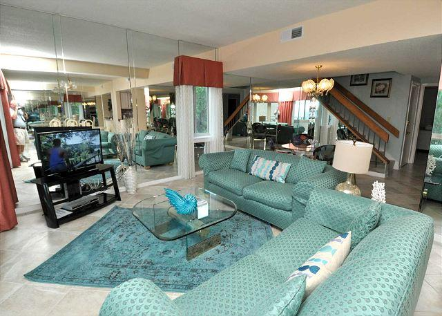 Main Living Area - 452 Captains Walk-5 Bedroom OCEANFRONT Penthouse - Hilton Head - rentals