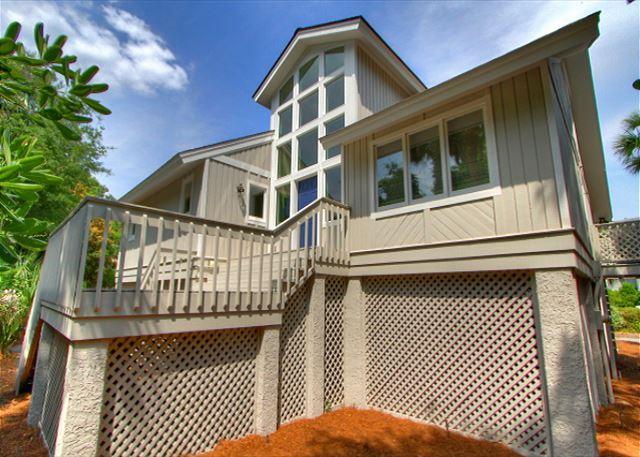 Exterior - 6 Wanderer Lane-Pretty Renovated, 2nd Row Ocean beach home w/ views of beach. - Hilton Head - rentals