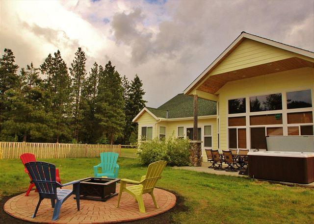 Plain River Retreat, Wi-Fi, Hot Tub,  25 mins to Leavenworth - Image 1 - Leavenworth - rentals