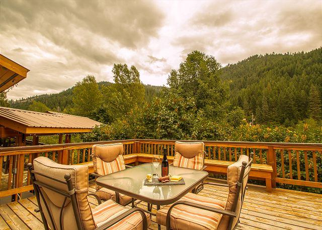 """Enjoy a delicious bottle of wine from the """"Eagle Creek Winery"""" just a short trip away from the cottage. - Cottage on the Creek,  private hot tub and deck, 5 miles from Leavenworth. - Leavenworth - rentals"""