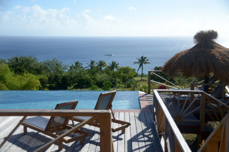 Tet Rouge St. Lucia - relaxing by the infinity pool - Têt Rouge - St Lucia - Soufriere - rentals