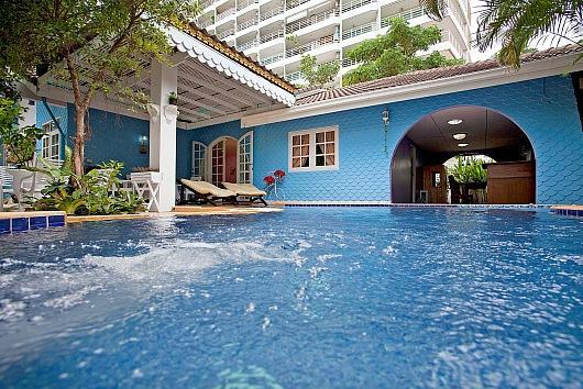 Chic villa 300m from Jomtien beach - Image 1 - Jomtien Beach - rentals
