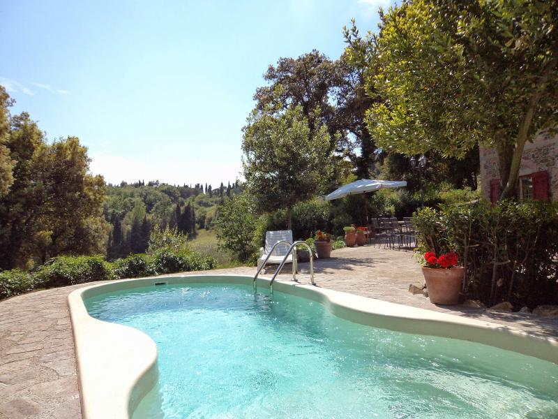 12 bedroom Villa in Gambassi Terme, San Gimignano, Volterra and surroundings, Tuscany, Italy : ref 2294042 - Image 1 - Gambassi Terme - rentals