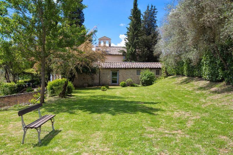 8 bedroom Villa in Siena, Siena and surroundings, Tuscany, Italy : ref 2293917 - Image 1 - Volte Basse - rentals
