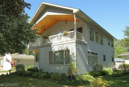 963 Monroe Boulevard - Image 1 - South Haven - rentals