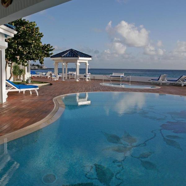 Villa Witenblauw, Pelican Key, St Maarten - WITENBLAUW... Magical Beach Front Estate on Pelican Key - Pelican Key - rentals