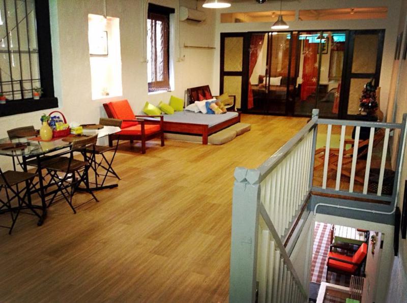 Living hall - Klick-Klock Homestay ~ Melaka Vacation Home - Melaka - rentals