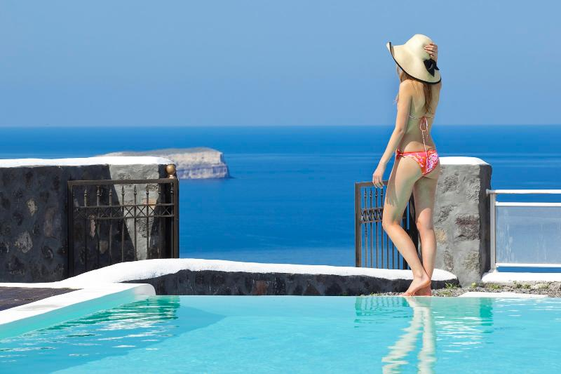 Hestia - Luxurious villa with private pool - Image 1 - Santorini - rentals