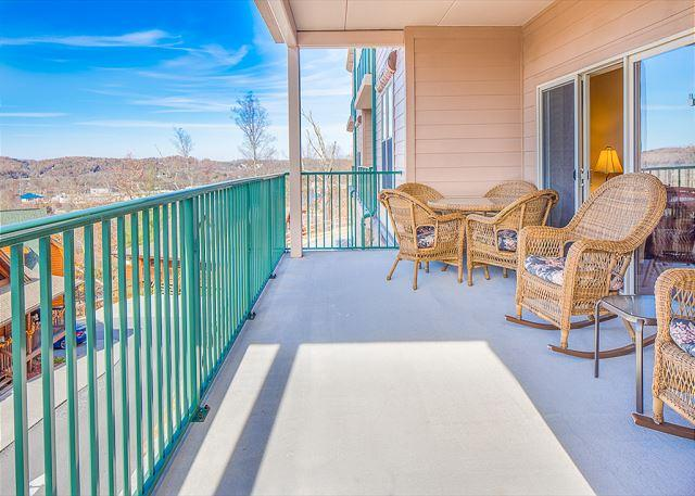Summer Special from $99!!! Luxurious 2BR Condo w/ Indoor Pool and Views. - Image 1 - Pigeon Forge - rentals