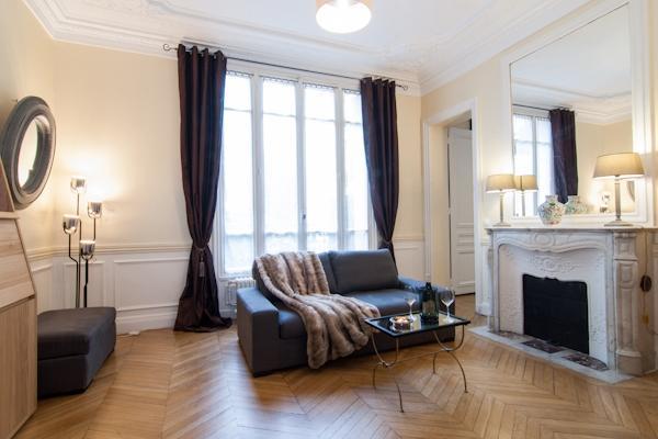 CR163jPAR - Niel - Grand deux pièces Hausmanien avec terrasse - Image 1 - Paris - rentals