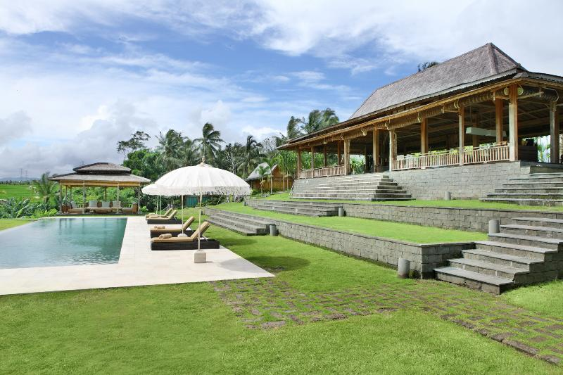villa view - Tangguntiti, Luxury 5BR Villa + Driver, Tabanan - Tabanan - rentals