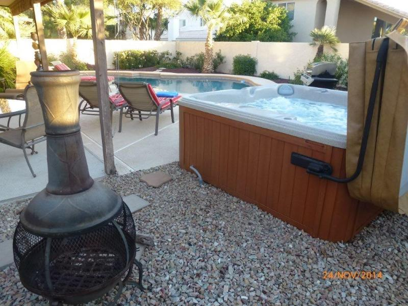 Aster Chiminea, Hot Tub and Heated Diving Pool - Luxury 4 Bed, 3 Bath, Heated 40' Diving Pool & Spa - Scottsdale - rentals