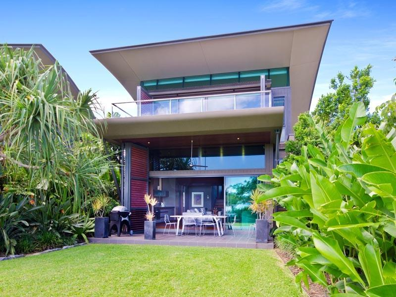 Yacht Club Villa 1 - Image 1 - Hamilton Island - rentals