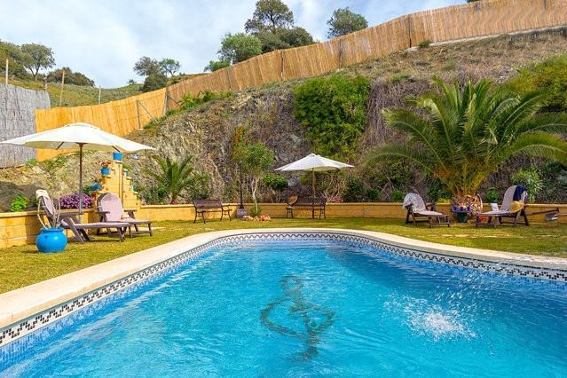 Luxury villa, pool,mini-golf, table tennis, boules - Image 1 - Carratraca - rentals