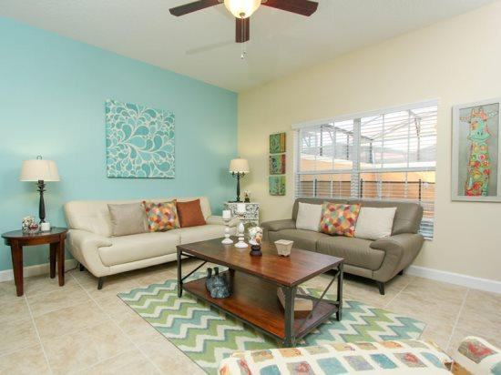 4 Bedroom 3 Bath Townhome In Paradise Palms. 8979BPR - Image 1 - Orlando - rentals