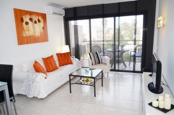 Holiday Apartment 100m from the beach - Image 1 - Puerto de Alcudia - rentals