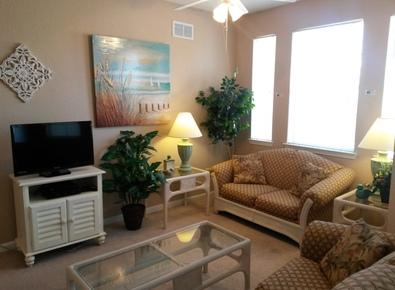 Enjoy Watching Complimentary Cable on the Flat Screen! - Terrace Escape - Davenport - rentals