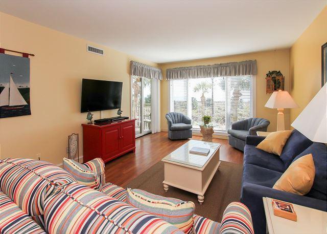 Living Area - 209 Shorewood - Direct Oceanfront!  Unbelievable views. - Hilton Head - rentals