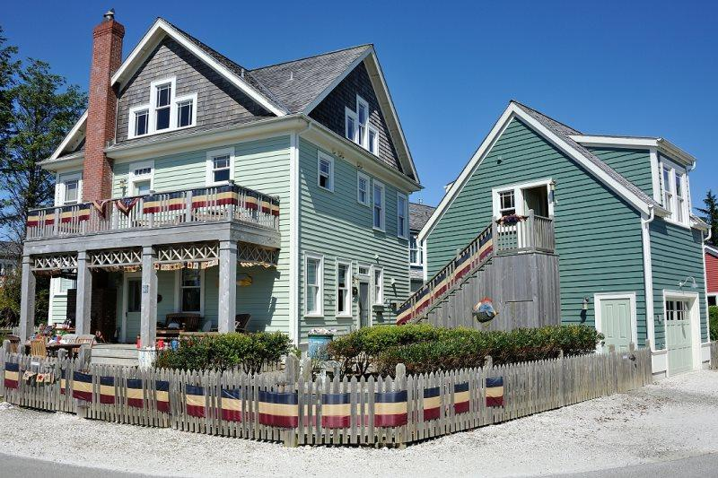 Pacific Idyll w/ Carriage House - Image 1 - Pacific Beach - rentals