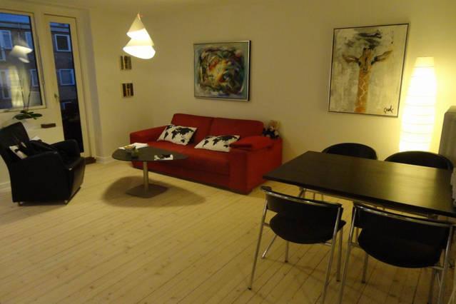 Plantevej Apartment - Cosy Copenhagen apartment close to Utterslev - Copenhagen - rentals
