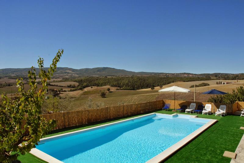 4 bedroom Villa in Chianciano Terme, Siena and surroundings, Tuscany, Italy - Image 1 - Macciano - rentals