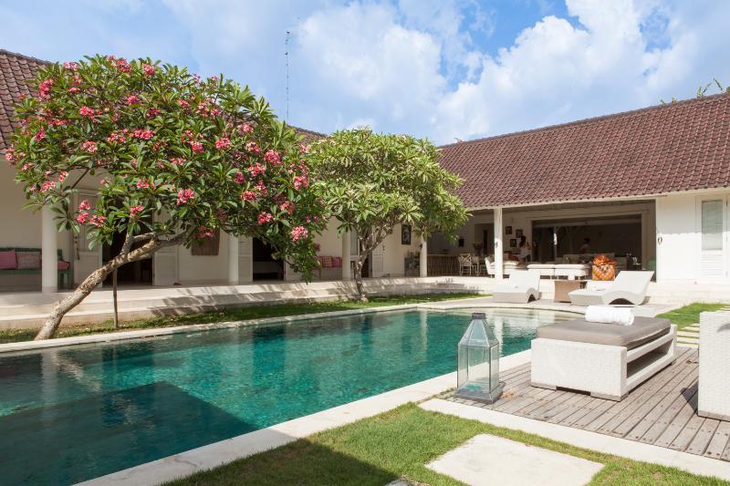 Villa d architecte Bali Umalas - Image 1 - Kuta - rentals