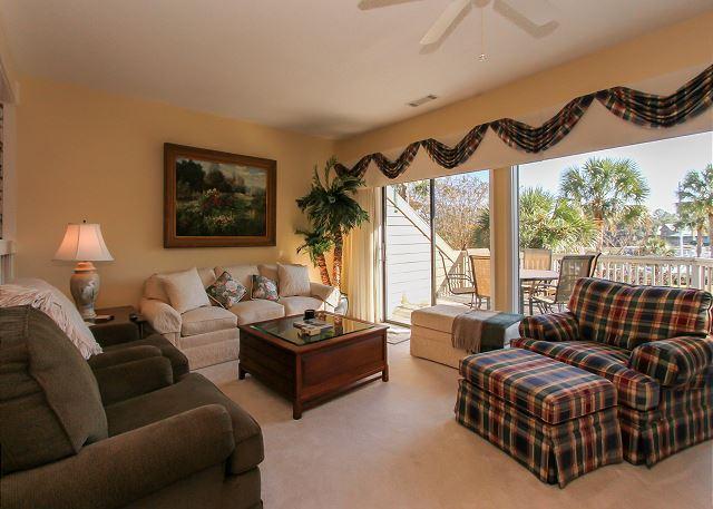 Living Area - 14 Braddock Cove Club - Unbeatable views of South Beach Marina - Hilton Head - rentals