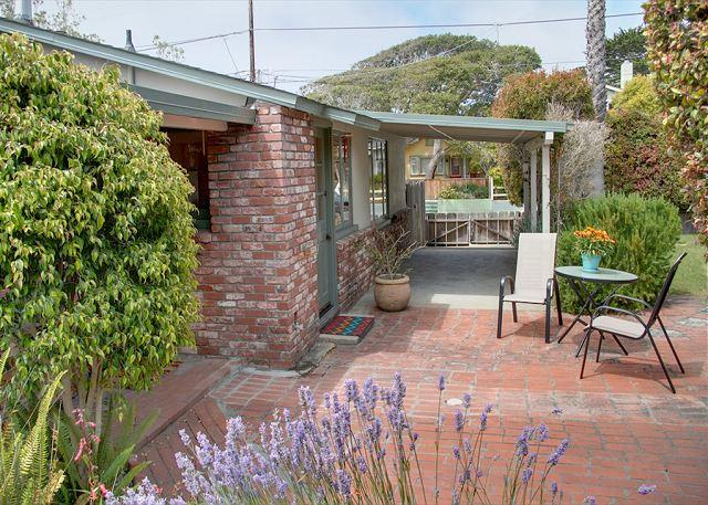 3458 Tranquility Cottage ~ Charming, Close to Town, Fully Equipped Kitchen! - Image 1 - Pacific Grove - rentals