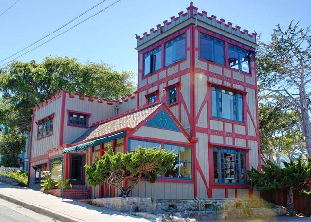 "Welcome to ""Captain's Castle""! Almost Oceanfront. Stunning Panoramic Ocean Views. Beautifully Restored Historic Home. Pet Friendly! - 3573 Captain's Castle ~ Historic, Stunning Ocean Views, Almost Oceanfront - Pacific Grove - rentals"