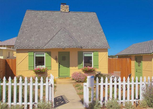Welcome to Storybook Cottage! - 3612 Storybook Cottage ~ Charming Updated Vintage Cottage - Pacific Grove - rentals