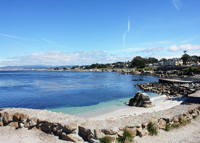 "Welcome to ""The Mermaid House""! This calm bay and lovely beach is at Lover's Point just a short walk from the house. Pet Friendly! - 3616 Mermaid House ~ Ocean View! Walk to the Ocean, Rec Trail & The Aquarium! - Pacific Grove - rentals"