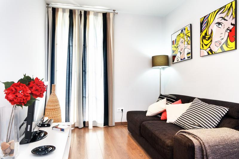 Floridablanca Apartment - Image 1 - Barcelona - rentals
