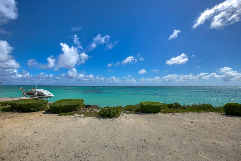 Punta Cana Oceanfront Villa - Views and Blue Sea! - Image 1 - Punta Cana - rentals