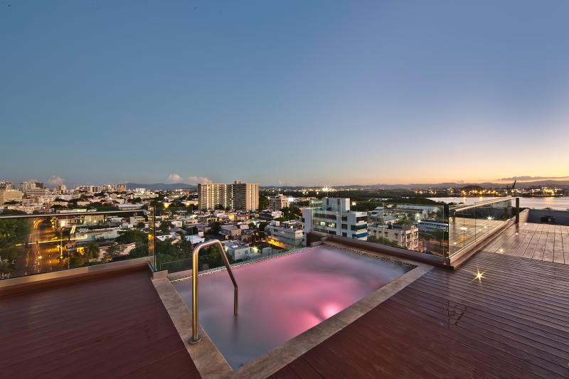 Rooftop Pool - Three Bedroom Suites - San Juan - rentals