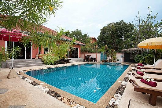5 bed villa 1km to Jomtien beach - Image 1 - Bang Lamung - rentals