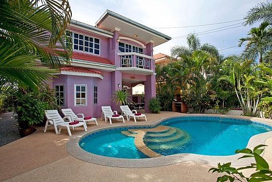 5 bed villa 1km to Jomtien beach - Image 1 - Bang Lamung - rentals