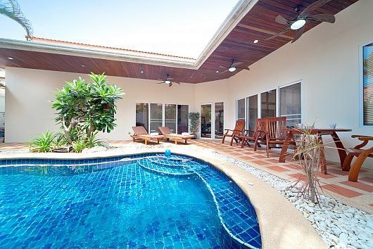 2 bed pool villa in central location - Image 1 - Bang Lamung - rentals