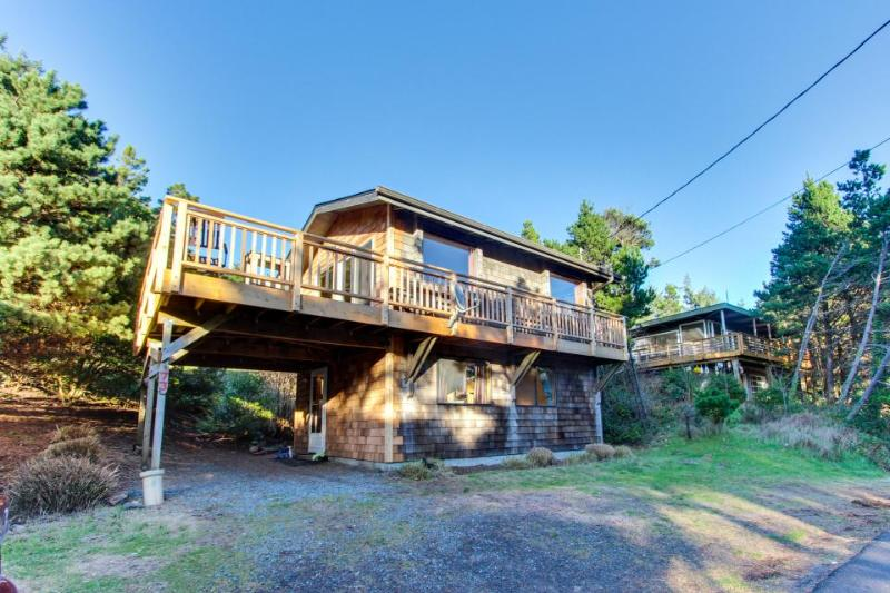 The Little Brown House - Image 1 - Manzanita - rentals