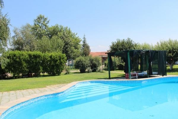 CR100cPlovdiv - Villa in a Garden with Pool - Image 1 - Plovdiv - rentals