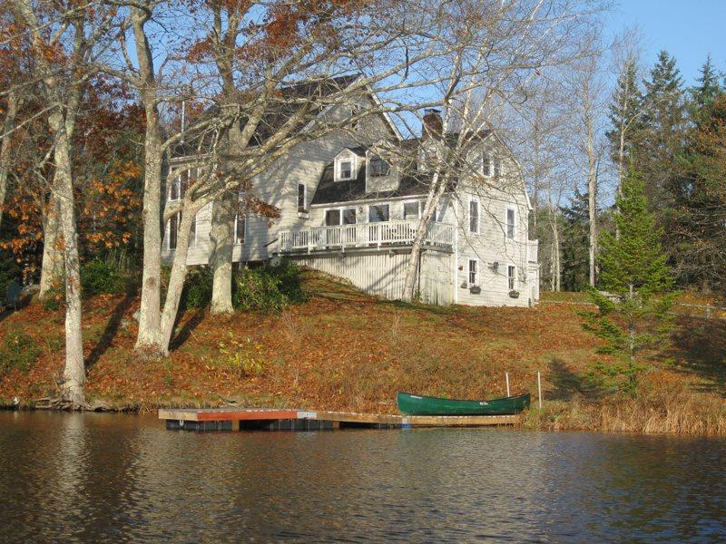 Beautiful Garravale viewed from the pond  - GARRAVALE | BOOTHBAY HARBOR | WEST HARBOR POND | FISHING | KAYAK AND CANOE PROVIDED | FAMILY VACATION - Boothbay Harbor - rentals