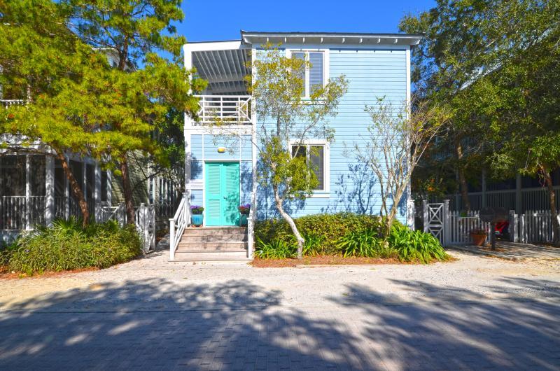 Exterior - Lion's Den - Seaside - rentals