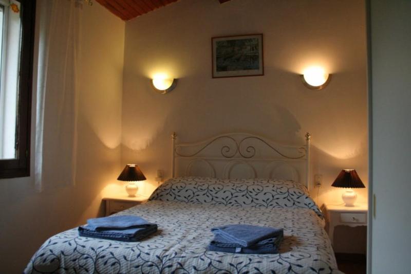 Aude Bedroom - Les Eaux Tranquilles - Aude (River View) - Belvianes et Cavirac - rentals