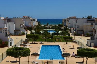 Private Urbanization on beachfront - Magnificent beachfront apartment (Naturist Area) - Villaricos - rentals