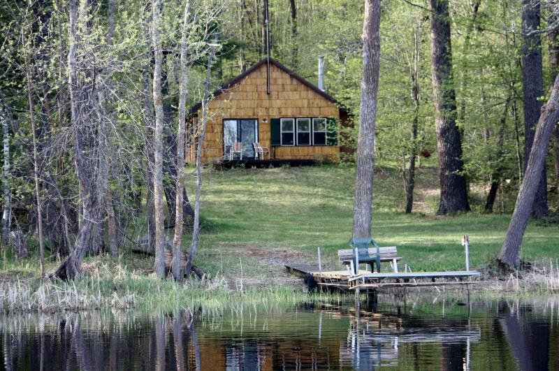 SECLUDE / 2000 FT OF LAKESHORE/ 20 ACRES / LONE CABIN / RARE FIND / BOOK EARLY IT FILLS FAST - SECLUDED SUMMER CABIN RENTAL ON QUIET LAKE - Squaw Lake - rentals
