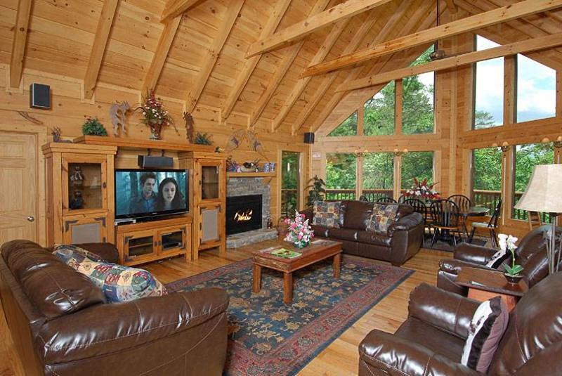 Whispering Canyon - Image 1 - Sevierville - rentals
