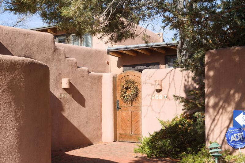 Welcome to Bella Casa - Bella Casa Spring Specials! - Santa Fe - rentals