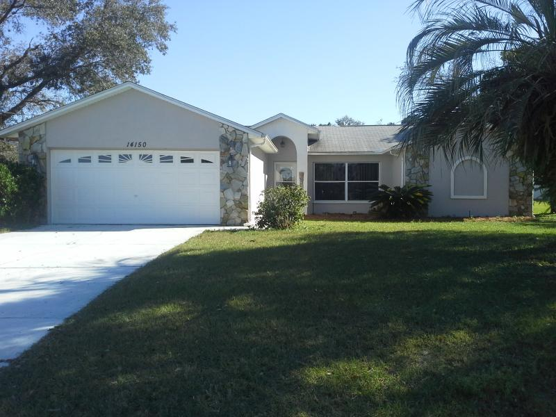 Front House - Spectacular Spacious Vacation Home w/ Heated Pool - Spring Hill - rentals