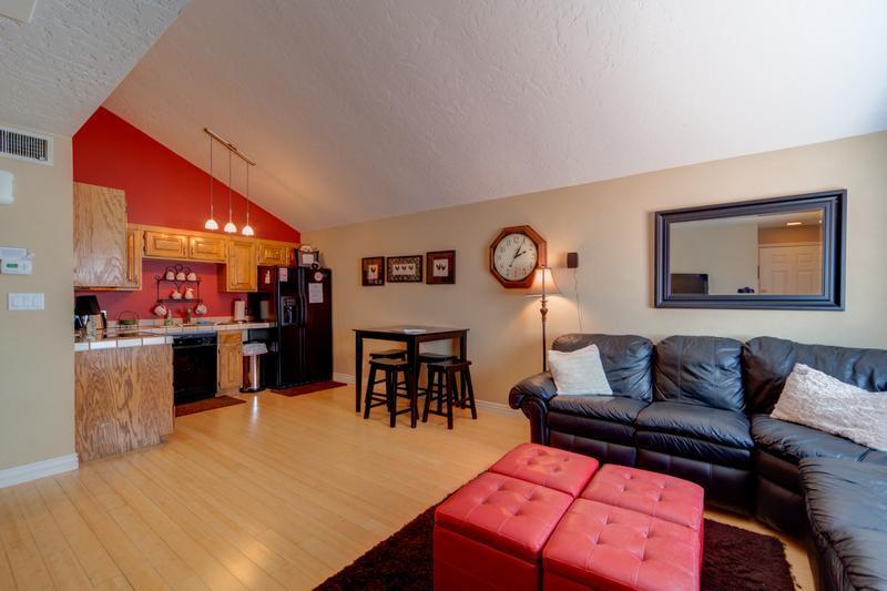 Upscaled Modern 1 Bedroom / 1 Bath Condo; Very Nice Condo for a Couple or Small Family - Image 1 - Saint George - rentals