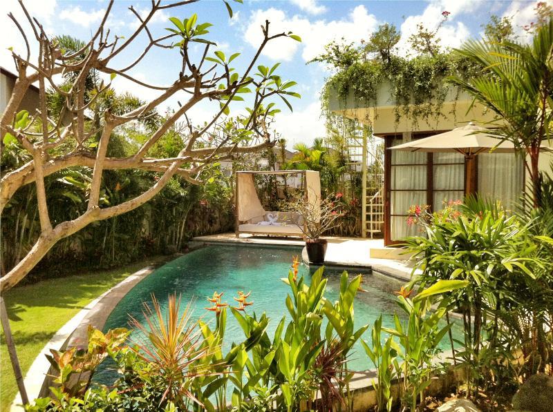 Villa Sahaja - 1 bedroom pool villa - Image 1 - Seminyak - rentals